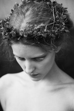 "the-hanging-garden: "" Ekaterina Grigorieva "" Susan Sontag, Pre Raphaelite, Dita Von Teese, Black And White Photography, Her Hair, Editorial Fashion, Portrait Photography, Vintage Photography, Landscape Photography"
