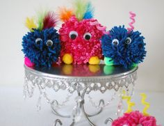 The Purple Pug: Yarn Pom Pom Monster Tutorial