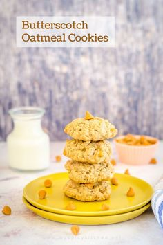 Crunchy, delicious oatmeal butterscotch cookies are just perfect as an after school snack and a snack to munch on, anytime of the day. Butterscotch Cookies Recipes, Butterscotch Chips, Crispy Cookies, Yummy Cookies, Delicious Cookie Recipes, Semi Sweet Chocolate Chips, After School Snacks, Oats Recipes, Oatmeal Cookies