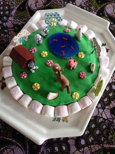 Gâteau anniversaire pâte à sucre thème ferme/animaux
