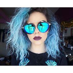 Mermaid vibes  Cardi: @ironfist_uk // Shades: @primark #selfie #summer #sunglasses #mermaid #bluehair #curlyhair #shorthairstyle