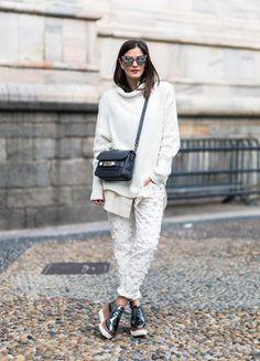 Hier kommt er, mein erster Streetstyle aus Mailand :) Diesen Look trug ich an Tag zwei und er gehört definitiv zu einem meiner Lieblingslooks, denn ich kann euch endlich einen richtigen Look mit DE…
