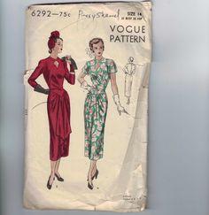 anni ' 40 da cucire d'epoca modello Vogue 6292 manca drappeggiato Keyhole frontale scollatura abito formato 14 busto 32 1948 40s di historicallypatterns su Etsy https://www.etsy.com/it/listing/159653969/anni-40-da-cucire-depoca-modello-vogue
