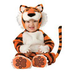 INCHARACTER COSTUMES REF:6020 Tigre bebe Incluye traje especial para que cambies el pañal de tu bebe fácilmente, capucha con orejas, cola y botines antideslizantes. PRECIO COLOMBIA 135.000