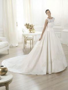 Foto de Pronovias - http://www.bodas.net/vestidos-novias/pronovias--d22