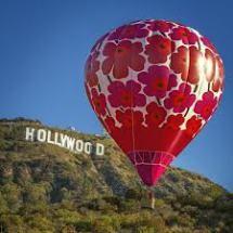 Marimekko's Unikko hot-air balloons - 2013 - ieva valentina Air Balloon Rides, Hot Air Balloon, Air Ballon, Cosmos, Illustrations, Surface Design, Scandinavian, Balloons, Places