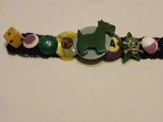 scotty dog bakelite button bracelet
