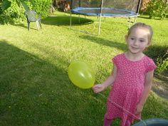 Balónová raketa - zábavný pokus pre deti Experiment, Lily Pulitzer