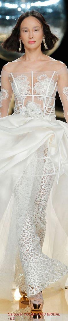 Carousel YOLAN CRIS BRIDAL - EE:
