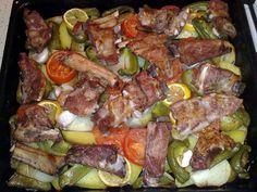 Бараньи ребра в сковороде по-македонски с овощами Империя вкусов Sausage, Beef, Food, Meat, Sausages, Essen, Meals, Yemek, Eten