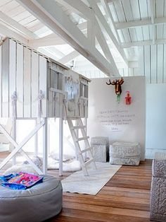♥ How cool is this playroom? ♥