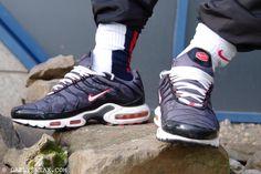 day 220: Nike TN Air Max Plus #nike #tn #niketn #airmaxplus #nikeairmaxplus #sneakers - DAILYSNEAX