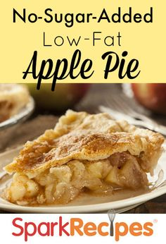 Low-Fat Apple Pie Summer's coming! THIS is the apple pie you'll want to make for every cookout and party! Low fat, no added sugar, homemade and EASY! Low Fat Apple Pie Recipe, Sugar Free Apple Pie, Sugar Free Baking, Apple Pie Recipes, No Sugar Added Apple Pie Recipe, Low Fat Desserts, Low Carb Dessert, Sugar Free Desserts, Sugar Free Recipes