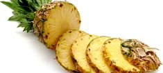 Pineapple has amazing healing properties. Find out how bromelain kills cancer cells without harming you. Learn where the biggest concentration of bromelain is within the pineapple. Eating Pineapple, Pineapple Juice, Pineapple Recipes, Can Rabbits Eat Pineapple, Pineapple Yellow, Pineapple Health Benefits, Pineapple Nutrition, Jus Detox, Smoothie Recipes