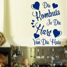 Afrikaans Die Kombuis Is Die Hart Van Die Huis Kombuis Kwotasie Muurplakker Vinyl Decal Verskeie Groottes Vinyl Wall Decals, Wall Sticker, African Market, Kitchen Wall Art, Kitchen Decor, Smooth Walls, One Color, Colour, Beautiful Wall