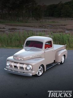 1951 Ford/ YALL KNOW I'M A CHEVY GIRL, BUT THIS OLD FORD WILL WORK, IT'S BEAUTIFUL, LOOK AT THE DETAIL ON THE GRILL~! ♥