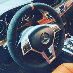 Mercedes. Перетяжка.
