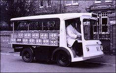 """""""Don't let the milk float ride your mind"""" Childhood Images, Childhood Memories, Classic Trucks, Classic Cars, London Market, Leigh On Sea, Food Vans, Old Lorries, Nostalgic Images"""