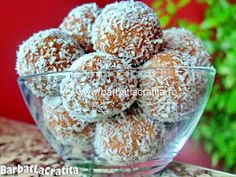 Bombe cu cocos si biscuiti Biscuits, Romanian Food, Biscuit Cookies, Yams, Baby Food Recipes, Cereal, Sugar, Breakfast, Desserts