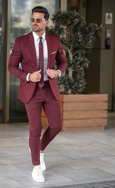 Mens Style Discover Top 5 Places to Buy Custom Suits Online Patyrns is part of Suit fashion - Mens Fashion Suits Mens Suits Trendy Mens Fashion Stylish Men Men Casual Trendy Suits For Men Best Suits For Men Casual Blazer Formal Men Outfit Formal Men Outfit, Semi Formal Outfits, Mode Costume, Designer Suits For Men, Stylish Mens Outfits, Trendy Suits, Casual Outfits, Herren Outfit, Mens Fashion Suits