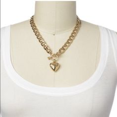 Gold Heart Chain Juicy Couture Necklace Beautiful gold chain necklace. Perfect addition to any outfit. Juicy Couture Jewelry Necklaces