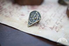 "Fantasy Thumb Ring ""The Alchemist's daughter"""