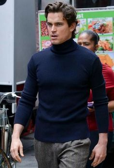 Matt Bomer Busy Filming 'White Collar' Season 5 and 'The Normal Heart' in New York City [PHOTOS] - Entertainment & Stars