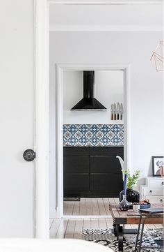 EO4 Scandinavian Interior, Scandinavian Style, Ikea Hack, Decoration, Kitchen Interior, House Tours, Oversized Mirror, House Design, Interior Design