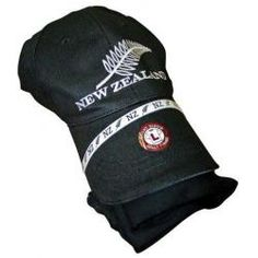 ef34943ab14 Adults T-Shirt and Cap Combo Black - Medium Adults New Zealand Kiwi Gifts  Souvenirs