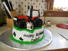 Case International Tractor cake for an 8 year old