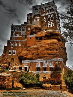 "King Solomon ""Stone House"" Yemen. Image courtesy of DR Pentecostes: http://www.flickr.com/photos/drpentecostes/4993525869/"