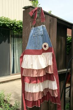 Pioneer Aprons, great tutorial with instructions and photos. Make from old over-all and scraps of fabric.