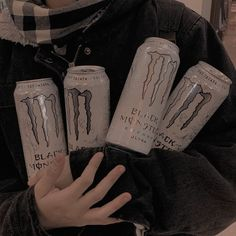 Aesthetic Indie, Aesthetic Photo, Aesthetic Pictures, Rauch Fotografie, Monster Pictures, Monster Energy Girls, Grunge Photography, Teenager Photography, Black And White Aesthetic