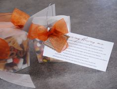 Thanksgiving Blessing Mix - I can't wait to make these, I love the card idea that explains what the different treats represent!