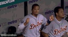 Tigers re-sign Victor Martinez to four year, $68 million contract - Bless You Boys