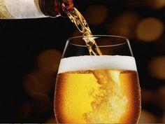 Berea - 7 beneficii incredibile pentru organism - Doza de Sănătate Birthday For Him, Beer Signs, Beer Bar, Best Beer, Pint Glass, White Wine, Craft Beer, Brewing, Alcoholic Drinks