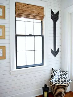 Our love of shiplap knows no bounds and these walls remind us that shiplap can work anywhere. Shiplap all the walls!/