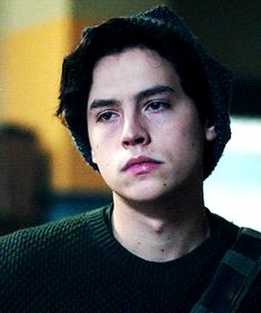 Read Capitulo 7 from the story Solitary (jughead jones) by -littleweirdpanda- with reads. - Que paso Jug? Cole M Sprouse, Cole Sprouse Jughead, Dylan Sprouse, Riverdale Betty And Jughead, Zack Y Cody, Dylan And Cole, Riverdale Cole Sprouse, Men Tumblr, Cheryl Blossom