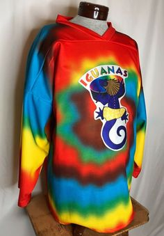Very oversized and loose fitting. Man Clothes, San Antonio, Hockey, Tie Dye, Sweatshirts, Sports, How To Wear, Fashion, Guy Outfits