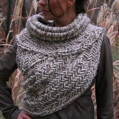Learn how to make the famous Katniss Crochet Cowl Free Pattern. We have a video to show you how to wrap and wear it plus knitted and sewing versions.