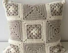 Crochet Patterns Neutral Neutral Scatter Cushion, Decorative Throw Pillow, Cream Accent Pillow, Neutral L. Crochet Cushion Cover, Crochet Pillow Pattern, Crochet Cushions, Crochet Patterns Amigurumi, Knitting Patterns, Crochet Home, Love Crochet, Crochet Crafts, Crochet Projects