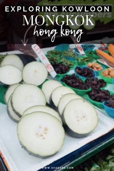 Markets such as the Mongkok Ladies Market and Wet Market in Kowloon are a part of every day culture in the bustling city of Hong Kong. World Travel Guide, Asia Travel, Ladies Market, Kowloon Hong Kong, Travel Baby Showers, Adventurous Things To Do, Travel Inspiration, Travel Ideas, Travel Pictures