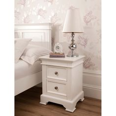 white chabby chic furniture, vanity table   Banbury Shabby Chic Bedside
