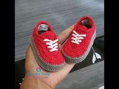 Crochet Patterns Booties Mix to shape the crochet shoes – Crochet Baby Yara Nascimento – Yo … Booties Crochet, Converse En Crochet, Crochet Baby Boots, Crochet For Boys, Crochet Slippers, Baby Booties, Baby Shoes Pattern, Shoe Pattern, Crochet Baby Blanket Beginner