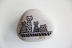 """cats"" ~ pebbles from Portugal, hand painted by Sabine Ostermann Pebble Painting, Pebble Art, Stone Painting, Rock Painting, Painted Rock Animals, Painted Rocks Craft, Painted Stones, Painted Pebbles, Stone Crafts"
