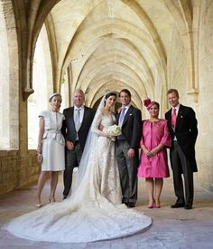 The Luxembourg royal family release the official portraits from the royal wedding of Prince Felix and Claire Lademacher - from left to right: Gabrielle Lademacher, Hartmut Lademacher, Princess Claire, Prince Felix of Luxembourg, Grand Duke Henri and Grand Duchess Maria Theresa    hellomagazine.com