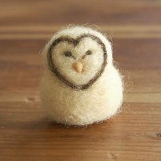 Easy to follow, step-by-step tutorial that will guide you through the process of making this sweet barn owl.