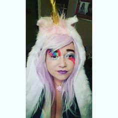 Wee Unicorn Chops #halloween #halloweenmakeup #out #pub #drunkĺ #pals #killie #unicornmakeup #unicorn #unicorncostume #imaunicorn #alwaysbelieve #rainbow  #rainbowmakeup #purplehair #lilachair #wig #lilacwig #purplewig