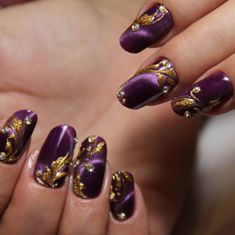 In order to provide some inspirations for nails red colors for your long nails in this winter, we have specially collected more than 80 images of red nails art designs. Gold Gel Nails, Shellac Nail Art, Purple Nails, Red Nails, Purple Nail Designs, Acrylic Nail Designs, Nail Art Designs, Nail Swag, Fancy Nails
