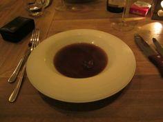 10 gangen bouillon met een viooltje